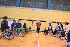車椅子バスケ体験